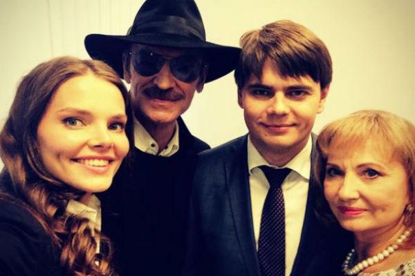 Михаил Сергеевич с супругой Ларисой, дочерью Елизаветой и сыном Сергеем