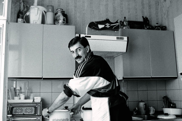 Станислав Саламович уверяет, что он прекрасный хозяин. Москва, 1 июля 1991 года