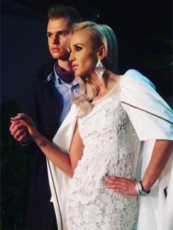 Ольга Бузова и Дмитрий Тарасов снялись в стиле Виктории Бекхэм