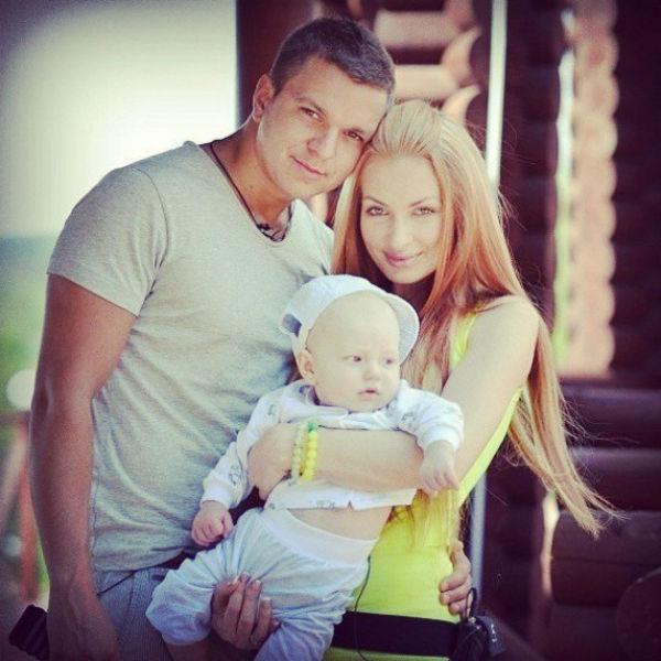 Антон Гусев, Евгения Феофилактова и их сын Даниэль