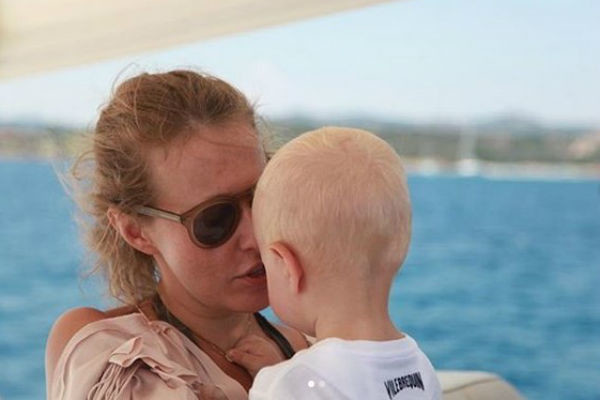 Ксения обожает сына Платона