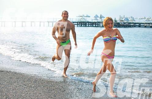 Пляж отеля Rixos Premium Belek - самый большой и комфортабельный на побережье