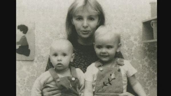 Жена Владимира Путина Людмила с дочерьми