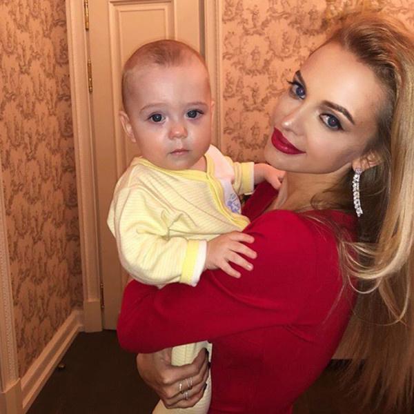 Милана Кержакова с сыном
