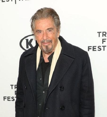 78-летний Аль Пачино закрутил роман с молодой актрисой
