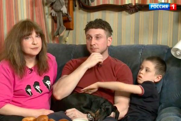Катя Семенова с сыном Иваном и внуком Матвеем