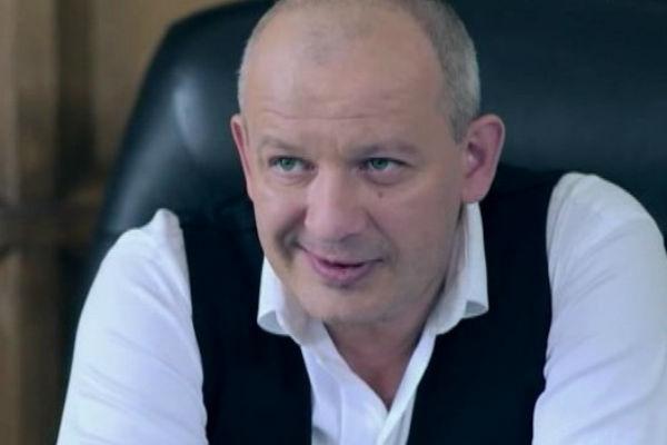 Дмитрий сыграл одну из главных ролей в сериале «Как выйти замуж за миллионера»