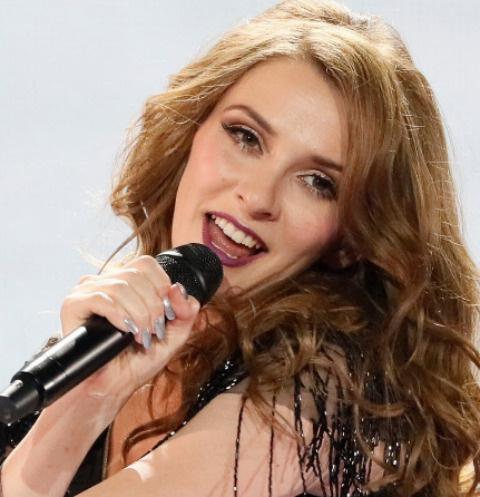 Яна Бурческа выступила в полуфинале «Евровидения-2017»
