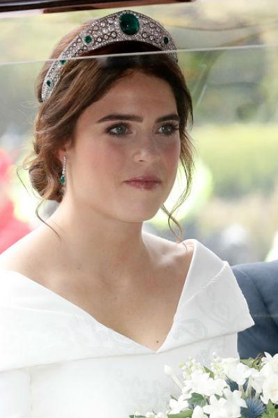 Принцесса Евгения прибыла на церемонию ровно в 11:00