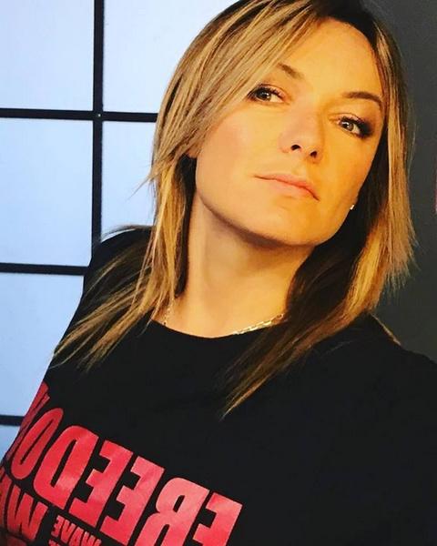 Елена Кипер спродюсировала для Лолиты порядка 20 песен
