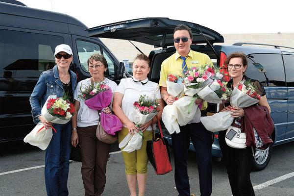 Гостеприимный Tez Tour отправил  для встречи победителей   лучших сотрудников