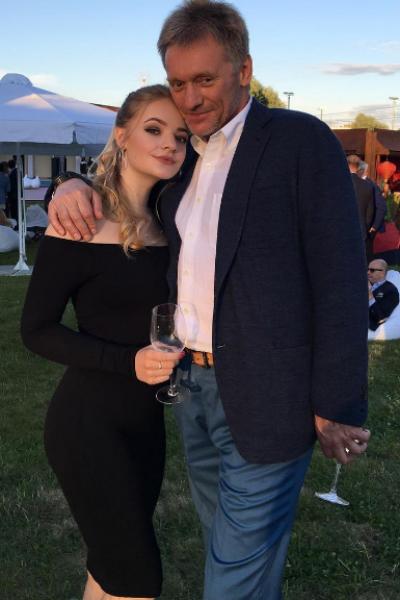 Отец и дочь очень близки
