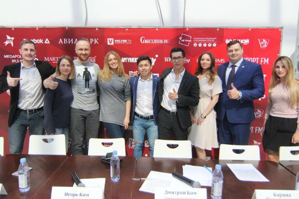 Игорь Ким провел пресс-конференцию