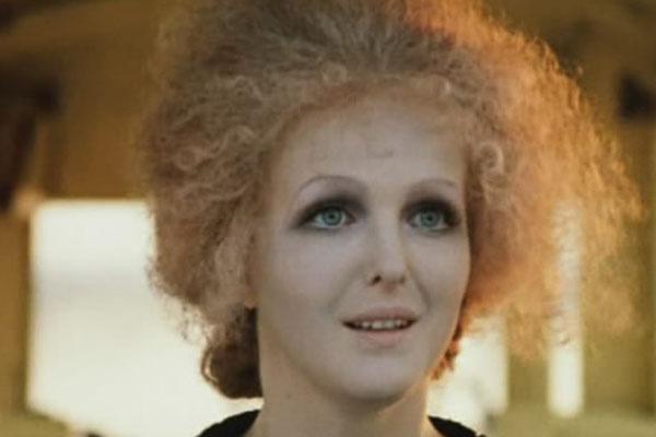 После фильма «Раба любви» Елена Соловей была нарасхват у режиссеров, но она легко отказывалась от самых заманчивых предложений