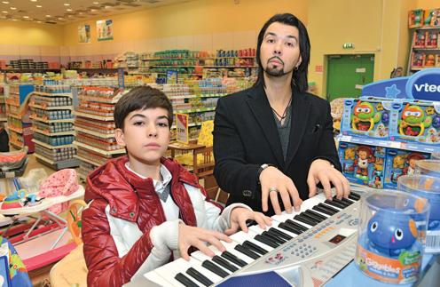 Сын Дениса Клявера тоже неравнодушен к музыке