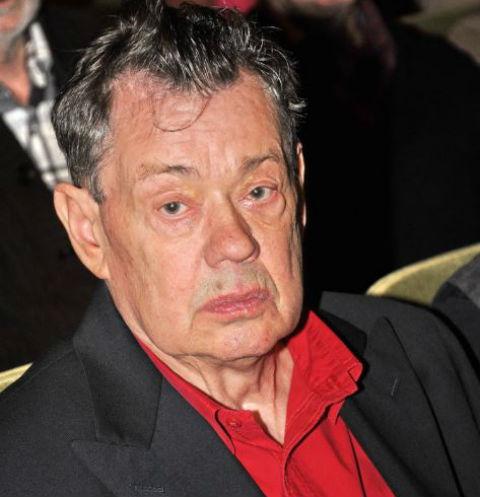 Николай Петрович не намерен сдаваться