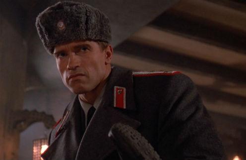 "Арнольд Шварценеггер, кадр из фильма ""Красная жара"""