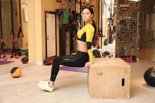 Самбурская тренируется ежедневно. Помимо самой популярной в России странички в «Инстаграме» она ведет еще и блог о правильном питании