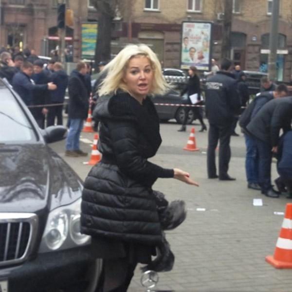 Мария Максакова на месте гибели мужа