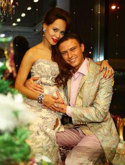 Прохор Шаляпин с будущей мамой своего сына Анной Калашниковой