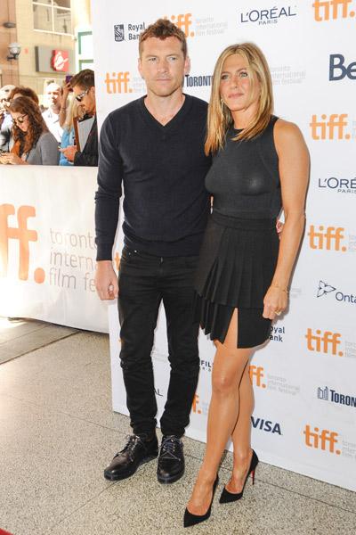 Дженнифер Энистон и Сэм Уортингтон на премьере в Торонто