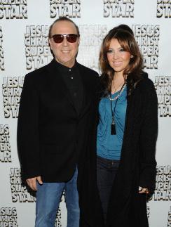 Томми Моттола с нынешней женой