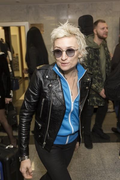 Диана Арбенина не планирует отменять концерты из-за болезни