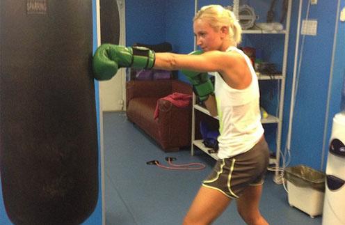 Ольга Бузова подсела на бокс