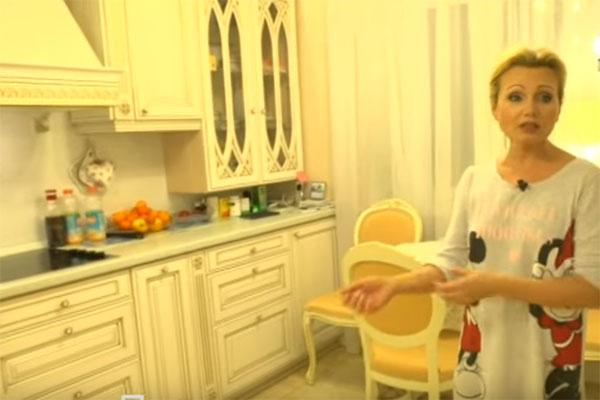 Ирина Климова готова принять Алексея Нилова у себя дома