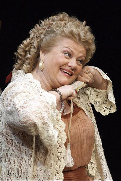 Актрису можно увидеть на сцене Малого театра