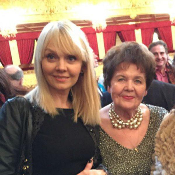 Певица Валерия и Галина Перфилова
