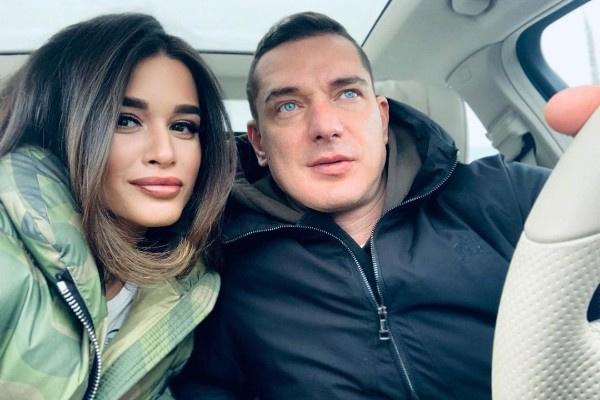 Ксения Бородина не обсуждает доходы с супругом