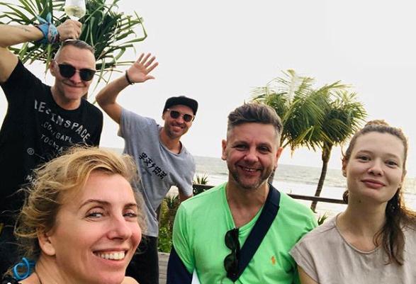 Светлана делится с подписчиками фото с отдыха