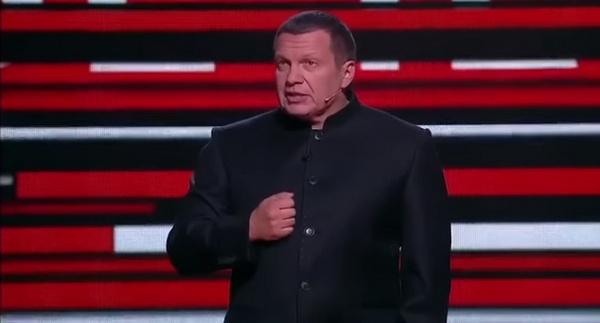 Владимир Соловьев резко ответил Ивану Урганту в эфире своего вечернего шоу