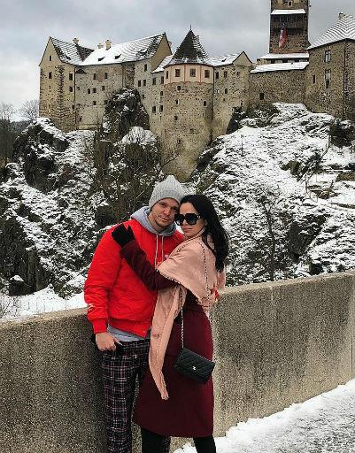 Вика и Антон устроили романтическое путешествие в Прагу