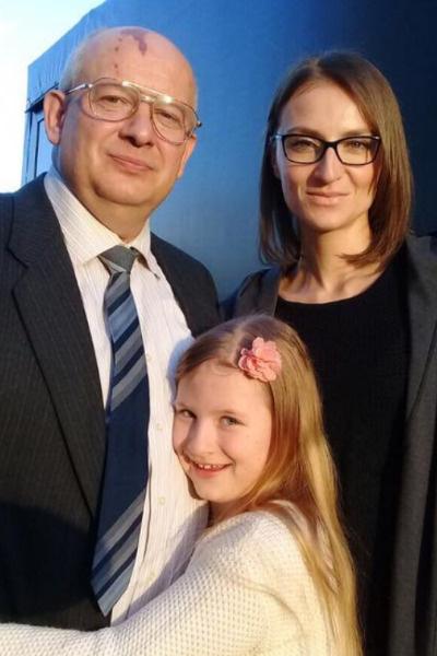 Дмитрий Марьянова, Анфиса и Ксения Бик