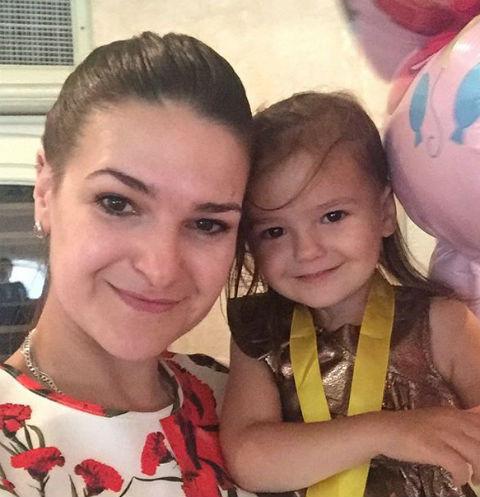 Виктория Райдос с дочерью Варварой