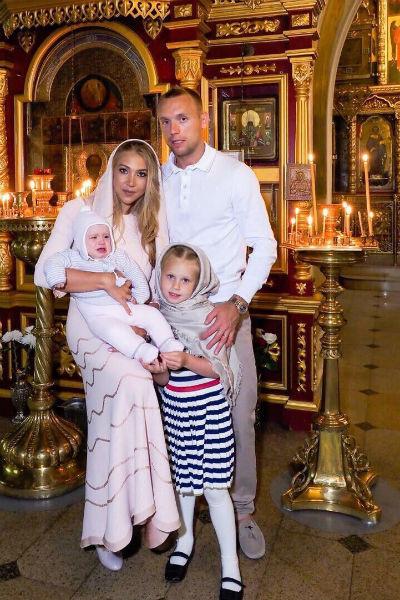 Младшей дочери Глушаковым в декабре исполнится два года