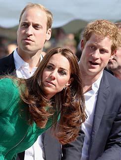 Наследники монархии болеют эмоционально и искренне.
