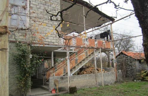 В этом доме, в гостях у Тамары и Гурама Баблишвили-старшего, Анфиса была уже три раза