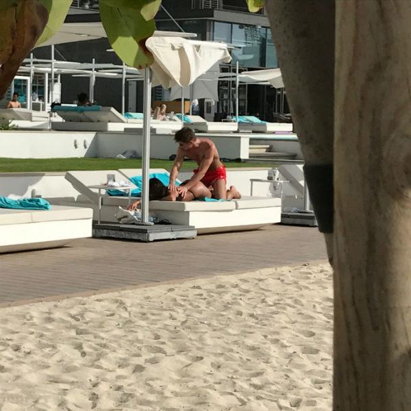 Алексей и его избранница отдыхают в Дубае