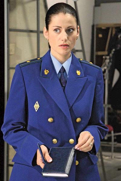 Популярность Анне принесла роль в сериале «Тайны следствия» в начале 2000-х