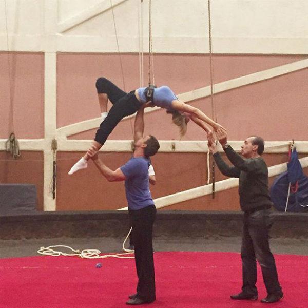 Мария готовится принять участие в новом телешоу о цирке