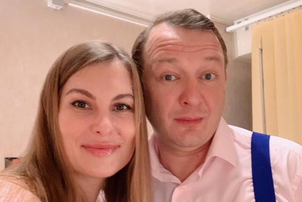 Марат Башаров опровергает информацию о разводе