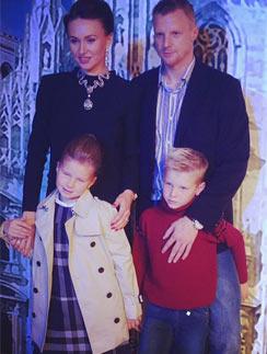 Екатерина и Вячеслав Малафеевы с детьми Ксенией и Максимом