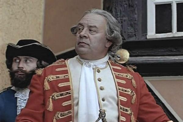 Леонид Броневой сыграл более 70-ти ролей в кино