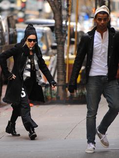 Последний раз Мадонну и Брахима видели вместе неделю назад, при посещении Центра каббалы в Нью-Йорке