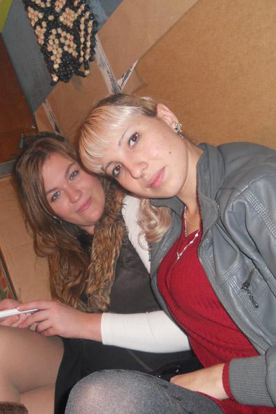 Люба (на фото слева) и Нина дружили 12 лет