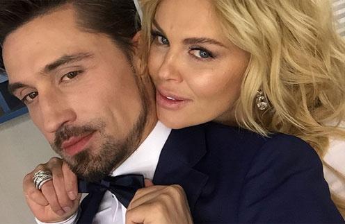 Дима Билан и Юлия Саркисова в роли жениха и невесты