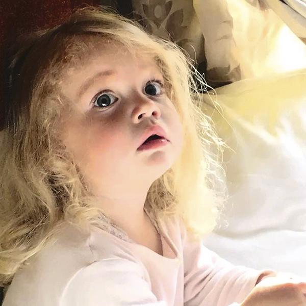 Трехлетняя Лиза уже вовсю проявляет музыкальные способности